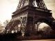 Instrumental MP3 A Paris - Karaoke MP3 as made famous by Thé dansant