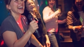 10 Fun Facts about karaoke that you might have missed