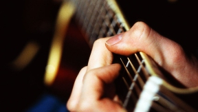 5 backing tracks that are perfect for guitar beginners
