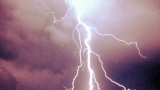 Playback MP3 Thunderclouds - Karaokê MP3 Instrumental versão popularizada por LSD