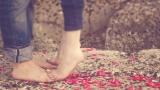 Instrumentaali MP3 E più ti penso - Karaoke MP3 tunnetuksi tekemä Andrea Bocelli