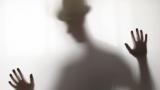 Instrumental MP3 Ghost Town - Karaoke MP3 Wykonawca Adam Lambert