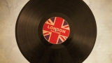 Playback MP3 I Need You - Karaokê MP3 Instrumental versão popularizada por The Beatles